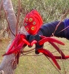 Títere de guante araña