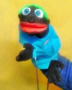 Marioneta de boca negrito